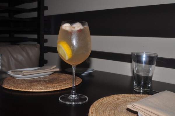 white sangria fresh fruit Josselins Tapas