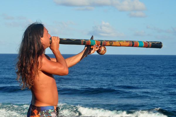 John Dumas Didgeridoo photo by Ray Gordon