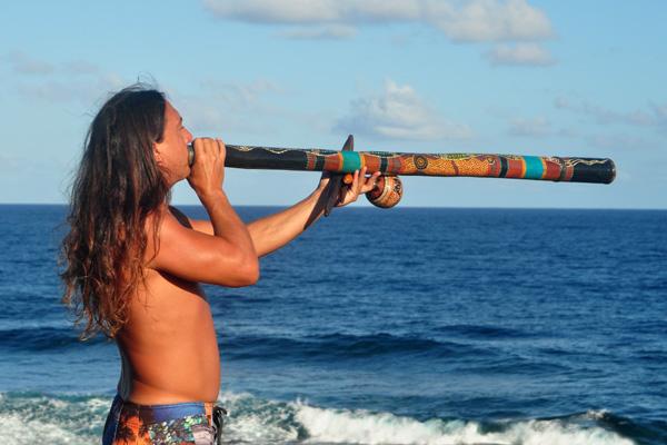 John Dumas Didgeridoo photo by Ray Gordon