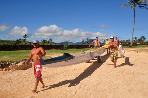 Kauai paddlers photo by Ray Gordon