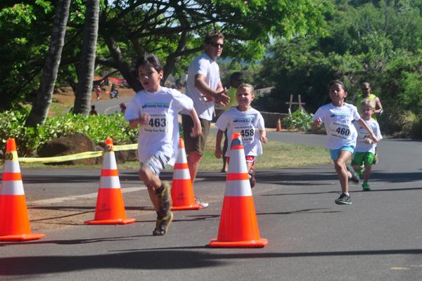 Keiki (children) finishers photo by Ray Gordon