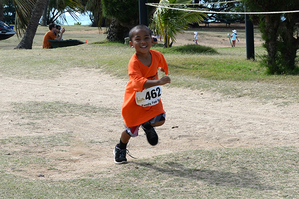 Gabriel Wium, keiki run 462 photo by Ray Gordon Family Fun Run Koloa Plantation Days